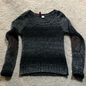 Divided H&M Soft Black & Gray Scoop Neck Sweater